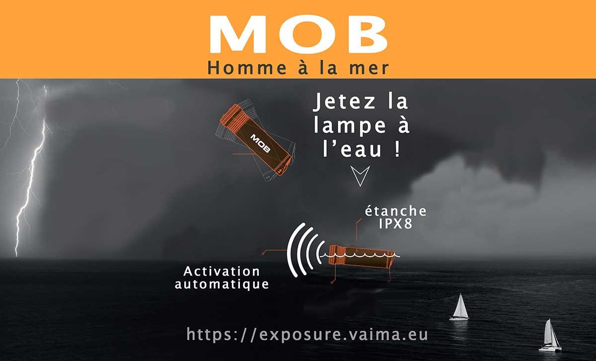 EXPOSURE MOB - LAMPE TORCHE - lampe flash - homme à la mer